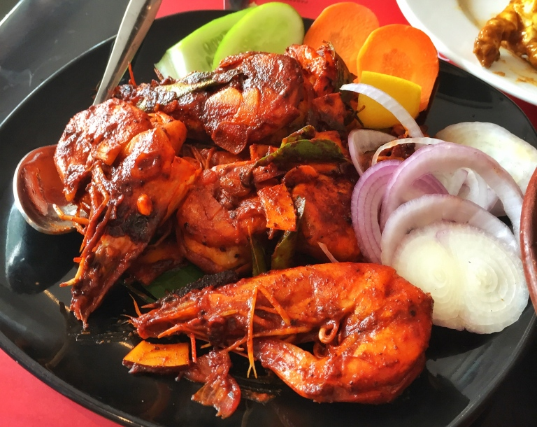 Fried Prawns with a hint of Masala gravy.